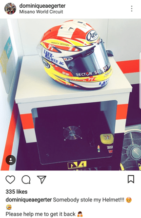 D Aegerter loosing helmet