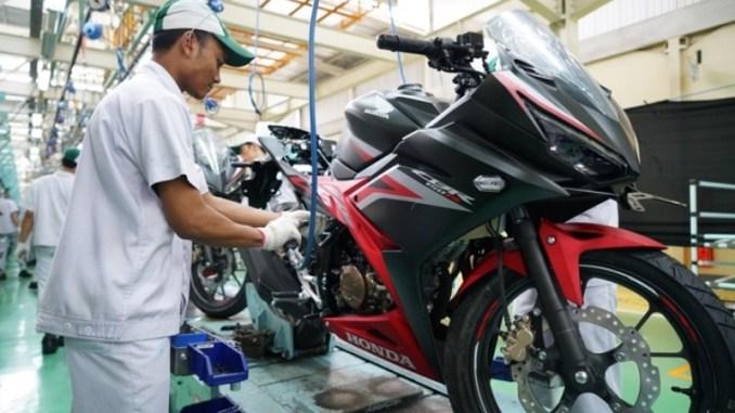 ekspor motor ahm