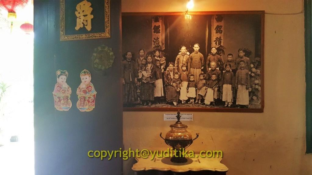 foto dinding di rumah tjong a fie tempat wisata di medan