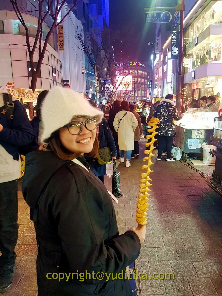 twist potato myeongdong street food