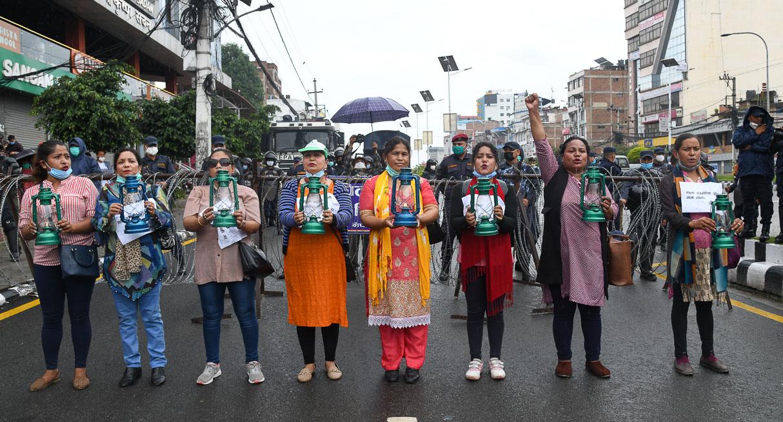 रुकुम घटनाको विरोधमा काठमाडौंमा लालटिन जुलुस