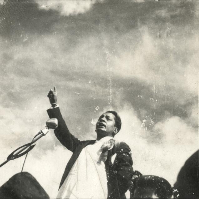 २०१५ सालको कम्यूनिष्ट पार्टीको दोस्रो राष्ट्रिय सम्मेलन र २०१९ सालको वनारसमा भएको कम्यूनिष्ट भेलामा टिआरसँगै हुनुहुन्थ्यो :नेकपाका पुराना नेता डिपी अधिकारी
