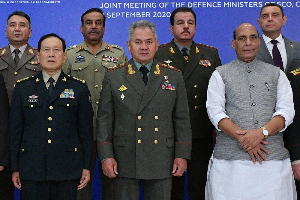 जारी तनावकाबीच चीन र भारतका रक्षामन्त्रीबीच मस्कोमा भेटवार्ता