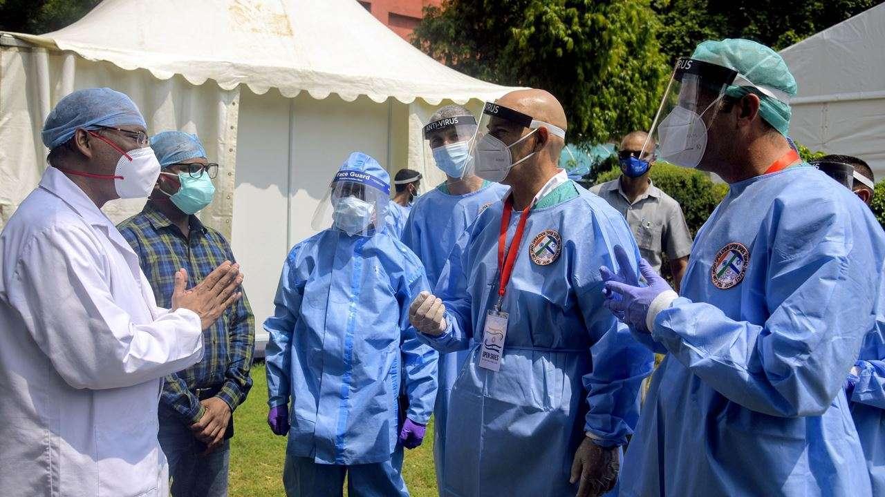 कोरोनाको दैनिक संक्रमणमा अमेरिकालाई पछि पार्यो भारतले, एकैदिन थपिए ३ लाख १६ हजार संक्रमित