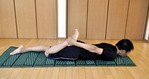 膝・大腿四頭筋の柔軟性チェック