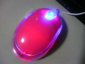 ピンクのマウス