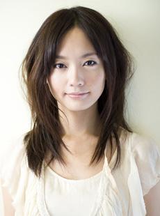 出典:http://www.alpha-agency.com/artist/-yuri-nakamura.html