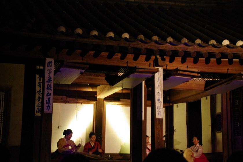 昌徳宮ライトアップ (3)