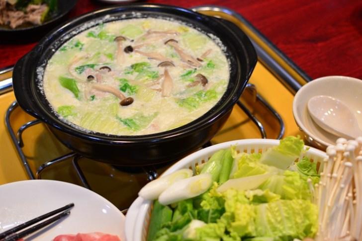 豆腐でできる濃厚豆乳鍋の作り方♬豆乳鍋の素がなくても簡単に豆乳鍋ができる料理レシピを公開♪