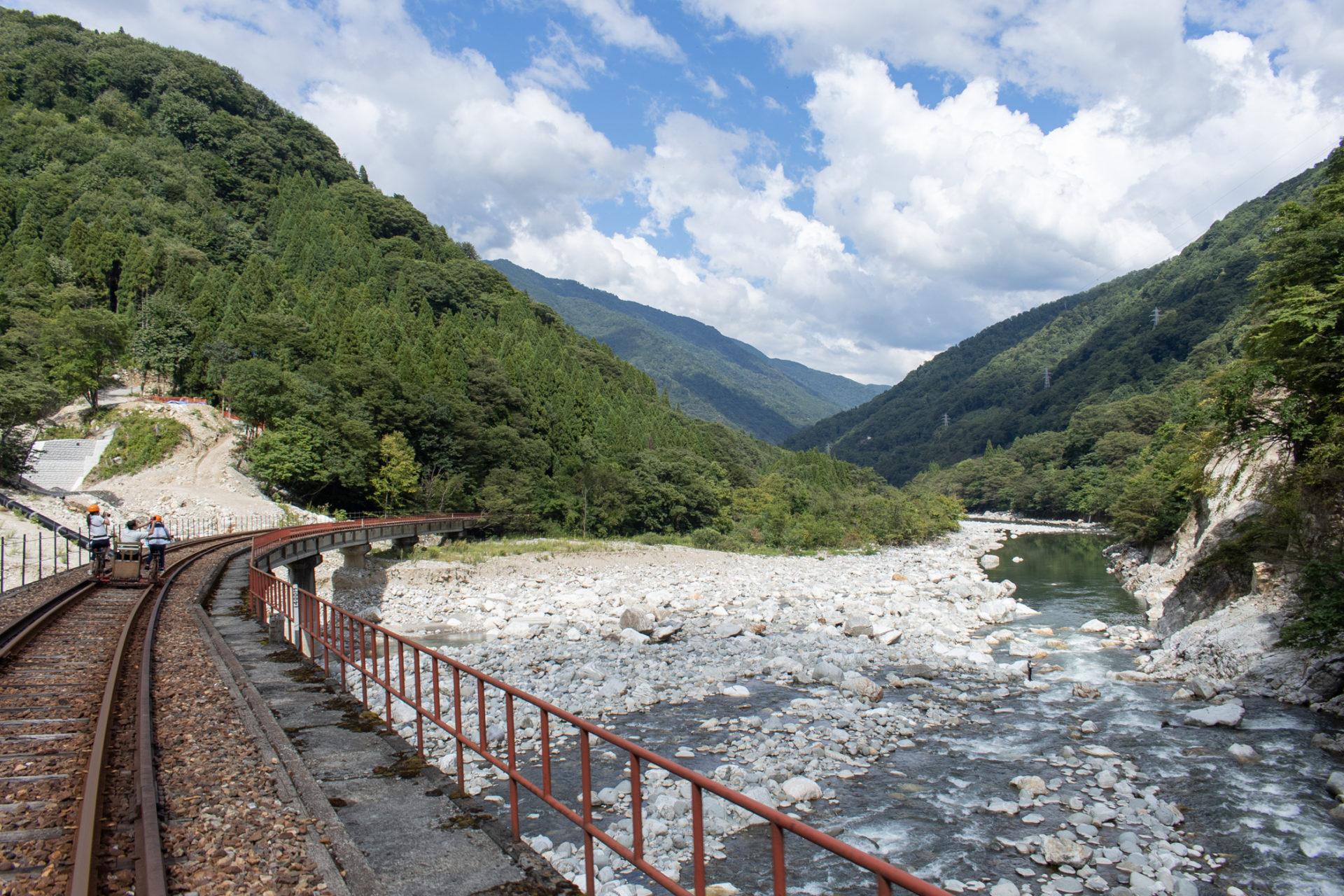 ガッタンゴー渓谷コース
