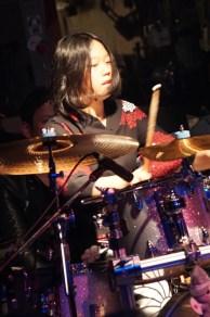 ドラマー☆小川友希(オガワユキ)の公式サイトです。イベント・バンド・ライブ出演・レコーディング等お仕事依頼も受付中。