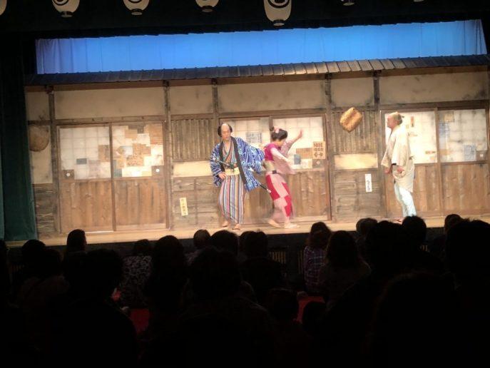 【日光江戸村】犬と一緒に江戸時代へのタイムスリップを楽しもう 両国座