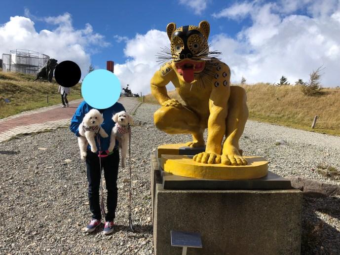 【美ヶ原高原美術館】犬と一緒に現代彫刻と雄大な景色を見る方法 彫刻6