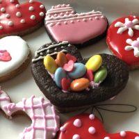 【ダイソー バレンタイングッズ 2018】100均材料で手作りチョコを♪おすすめは転写モールド&転写シート♪ラッピング,箱,型.袋,チョコ等...種類豊富で何でもそろう!