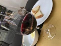 地元赤ワイン€5.00バルベーラダルバ