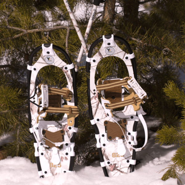 Realtree Extra Aluminum Snowshoes by Yukon Charlie's 1