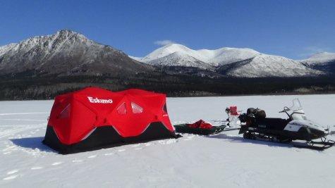 pêche blanche au Yukon