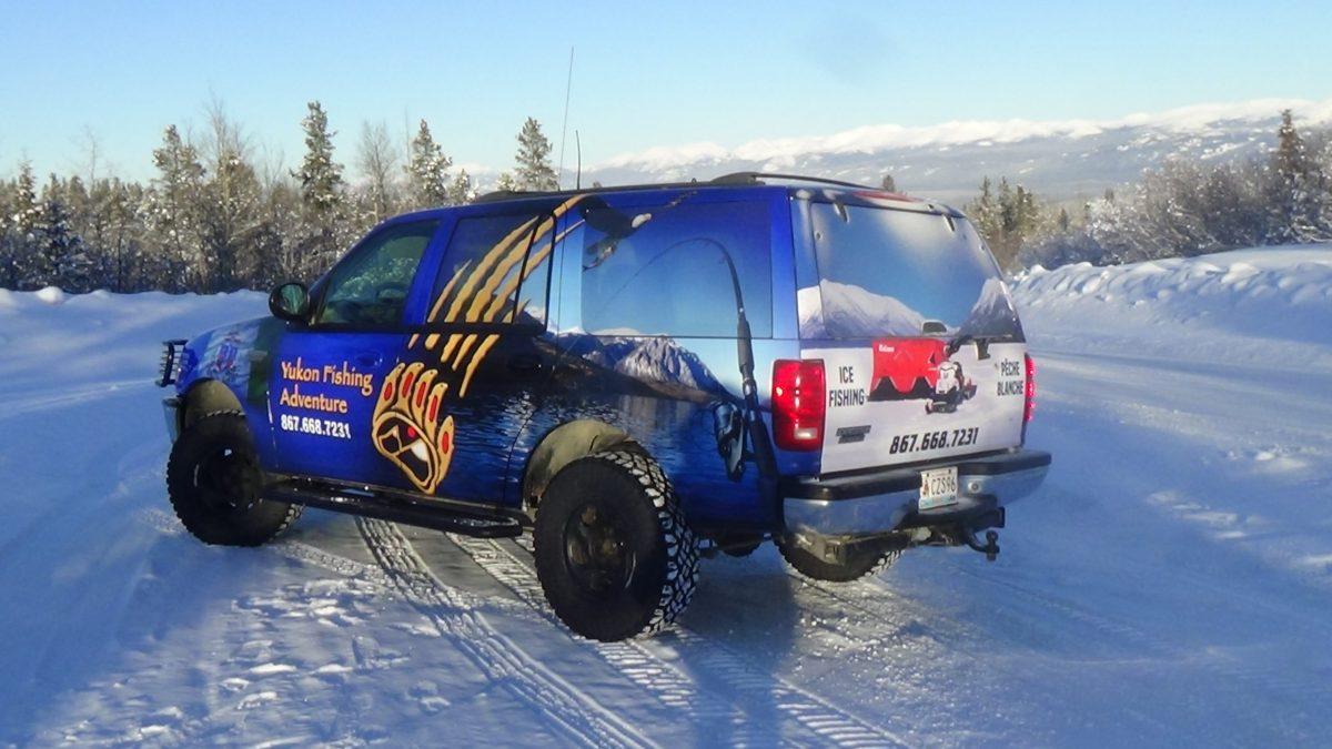 camion de service Yukon Fishing Adventure