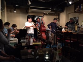 ニューオリンズジャズを聴く。ハイタイムローラーズ Yeah!