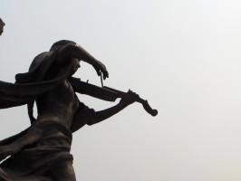 アドリブの練習 歌いながらバイオリンを弾く(1)