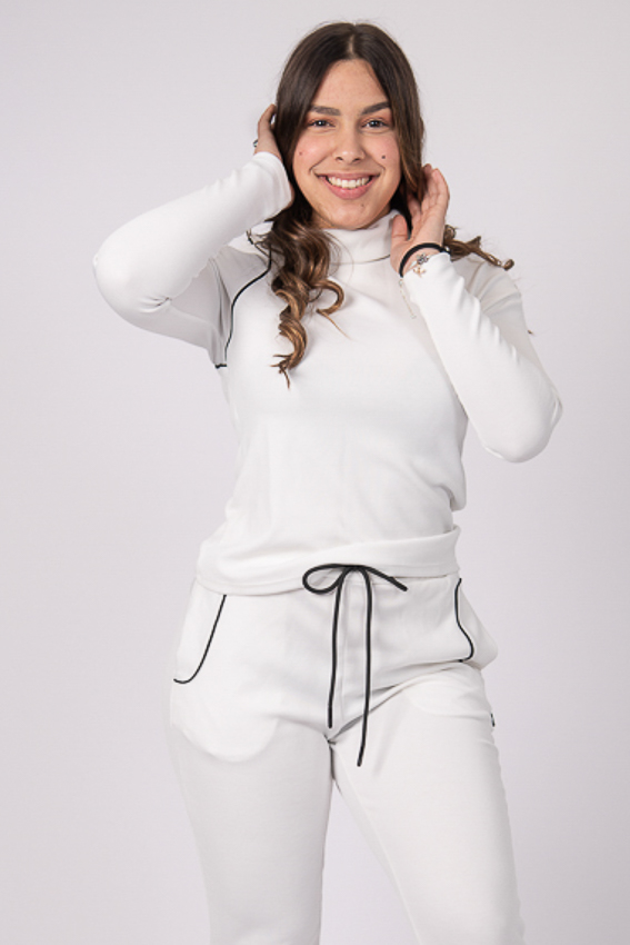 Soul Warmer Turtle Neck Top – White/Black