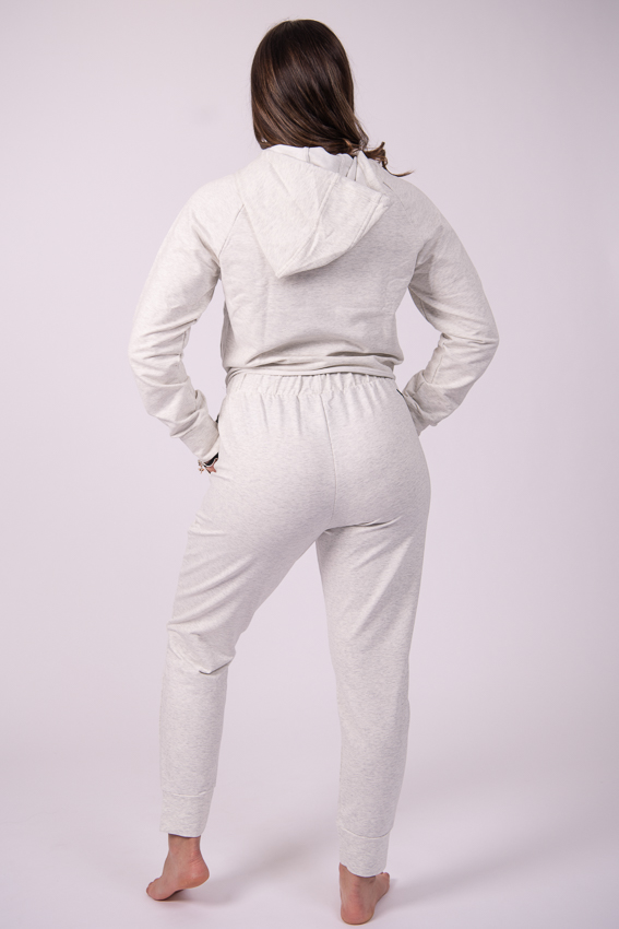 Glee Jogger – Smoky White