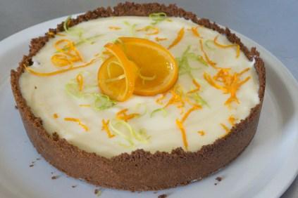 Y-bakes-cheesecake