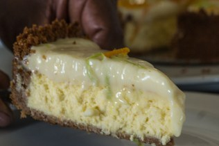 Y-baked-cheesecake-3