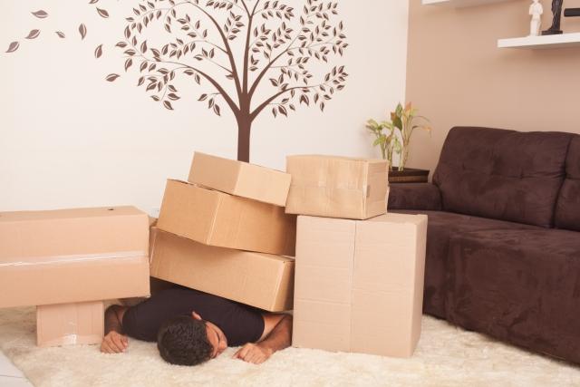 宅配便の荷物が重い