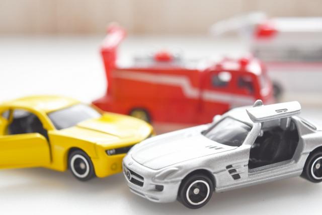 サイレンを鳴らしてきた消防車が事故に遭う