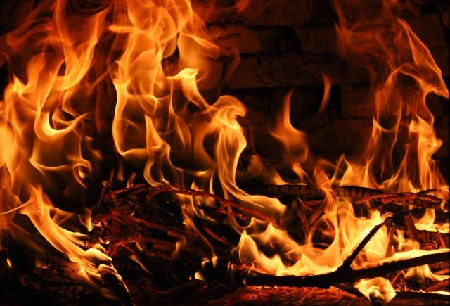 .恋人のものを燃やす