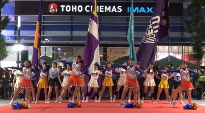 歌舞伎町まつり 東京六大学応援合戦!チアリーダーのダンスが凄い!