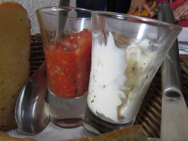 Super salsa served with bread basket