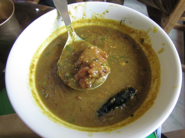 duck meat with black dal