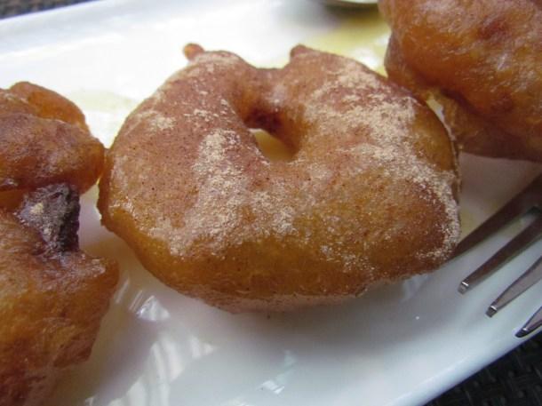 Apple jalebi & coconut rabri