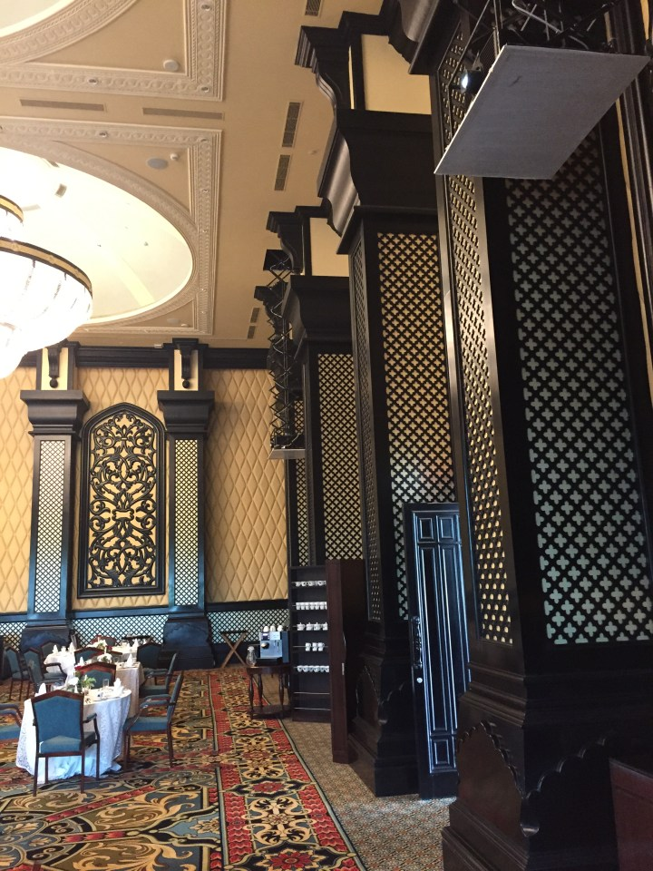 Heavy woodwork & intricate detailing on the walls