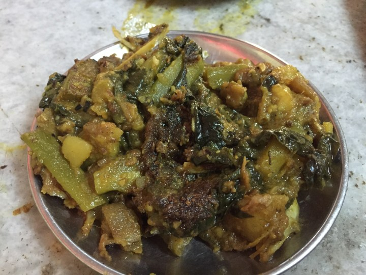 Pui shak chorchori with macher muro