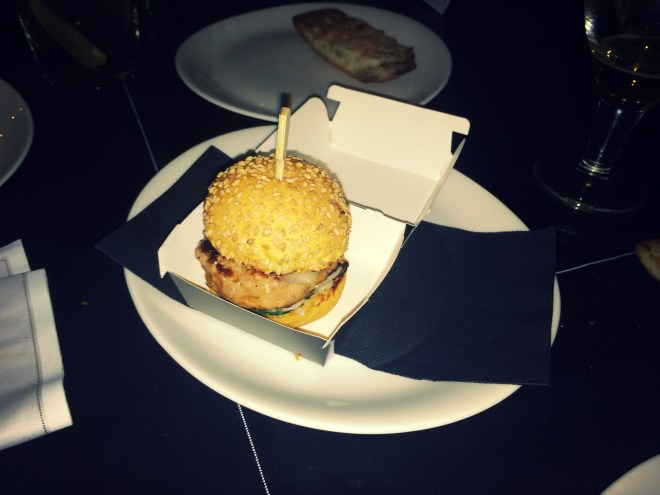 Arroz camaroli viejo caldoso con foie gras y gamba