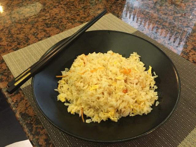 mian restaurant arroz frito con langostinos