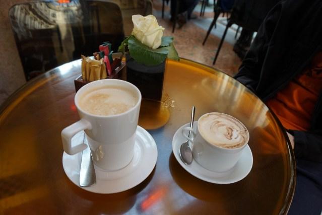 gucci caffe milano Galería Vittorio Emanuele II