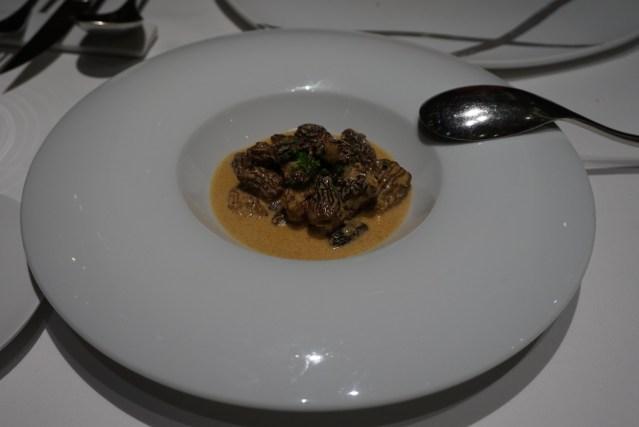 Colmenillas con Salsa de Foie de La Taverna del Clínic