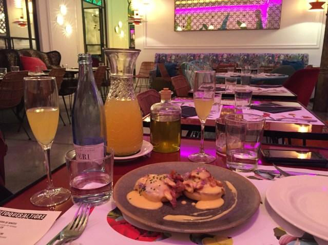 restaurante bananas barcelona brunch