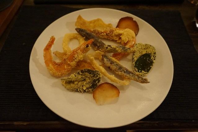 La Castanya Místico de pescado y salsa alegre