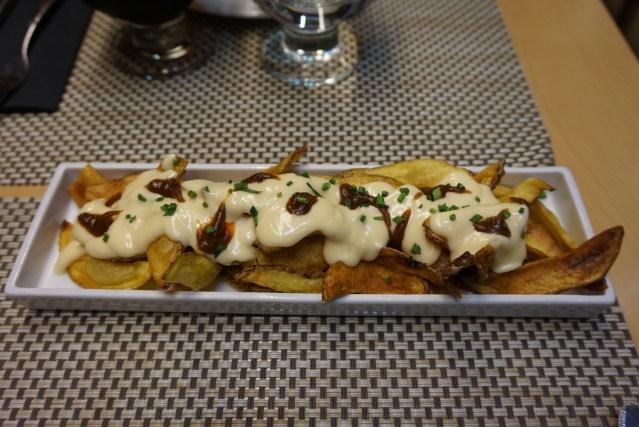 teleferic restaurant barcelona Patatas Bravas