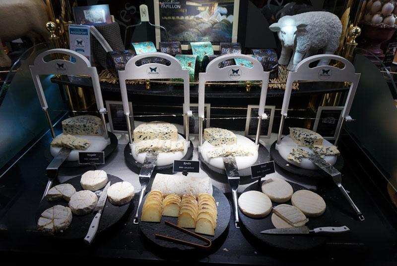 les grands buffets quesos