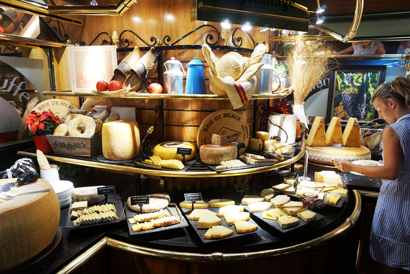 les grands buffets quesos franceses