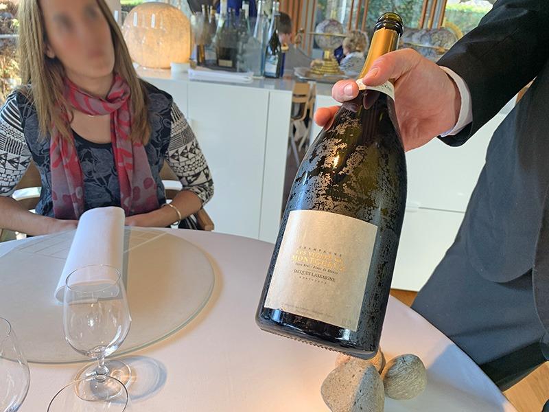 "Copa de Bienvenida en el Celler de Can Roca 2020 Copa de Bienvenida de Jacques Lassaigne ""Les Vignes de Montgueux"" A.O.C. Champagne"