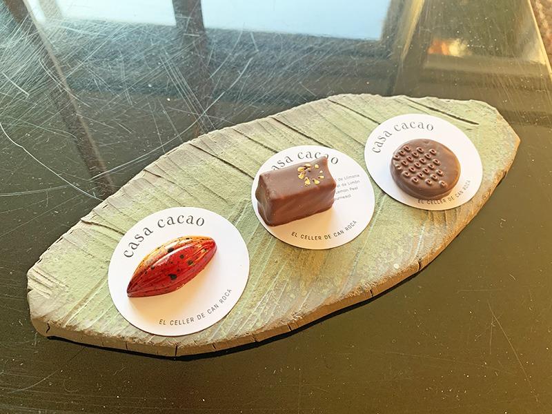 el celler de can roca petit fours 2020 Bombones de Cacao de El Celler de Can Roca.