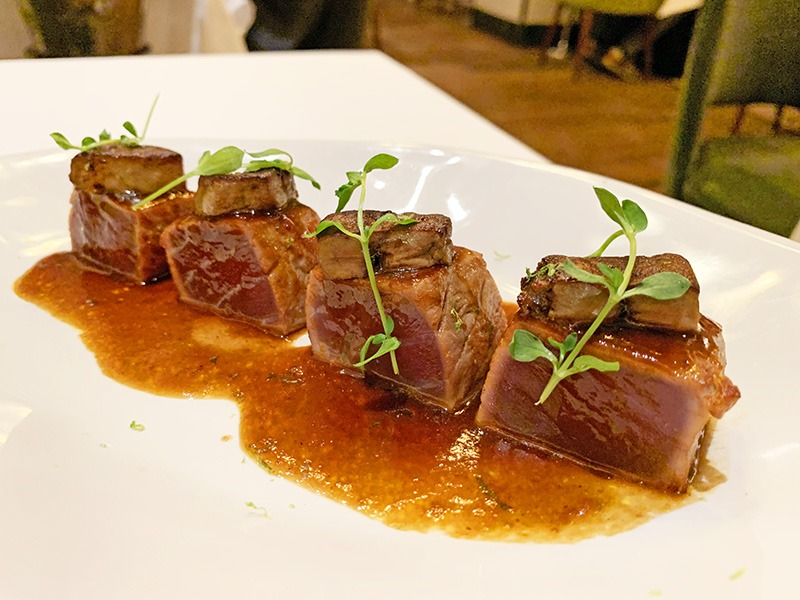 restaurante L'Olivé tataki de atún foie