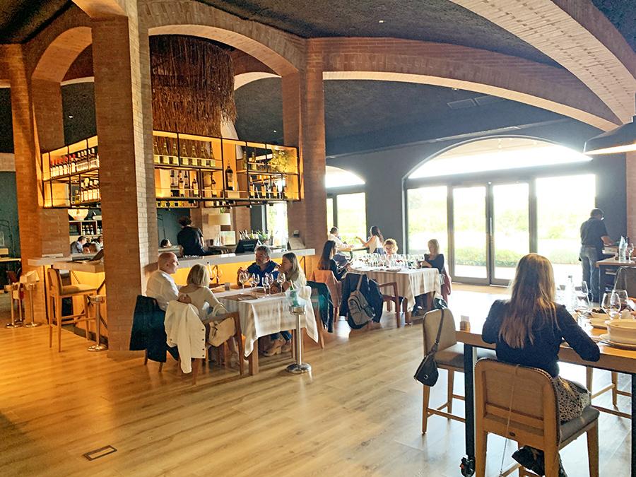 catalunya experience restaurante jardín el celleret torres